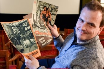 Thilo Götz, Chef des Clubkinos Siegmar, kennt sich in Sachen Defa-Geschichte aus. In seinem Fundus lagern auch zahlreiche Plakate.