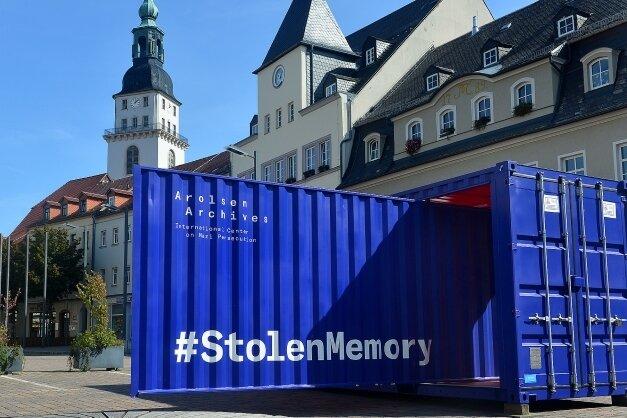Die Ausstellung ist in einem begehbaren Überseecontainer untergebracht, der bis 23. September in Frankenberg besucht werden kann.