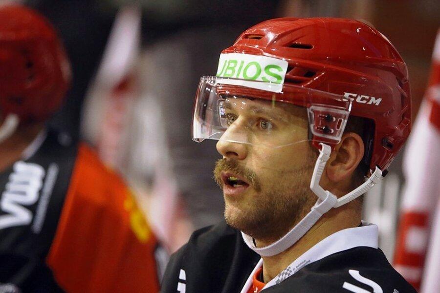 Mario Scalzo gehört zu den Leistungsträgern in der Eispiraten-Abwehr. Foto: A. Kretschel/Archiv