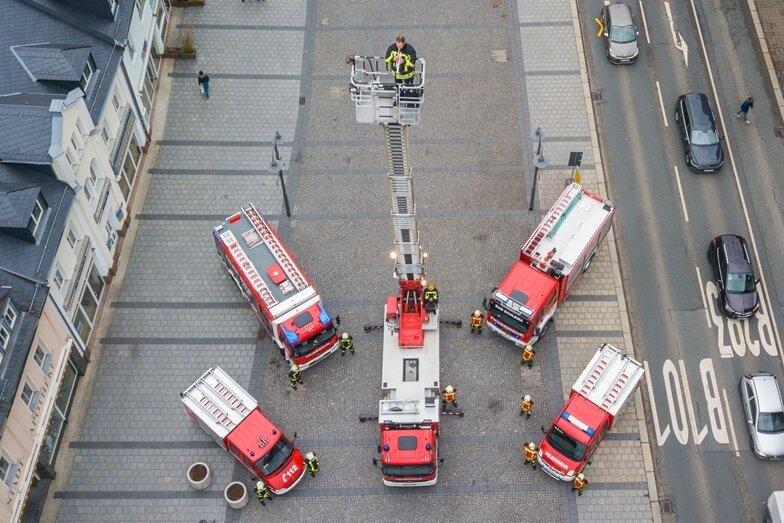 Kameraden der Feuerwehr Aue-Bad Schlema schicken Steigerlied-Gruß nach Solingen