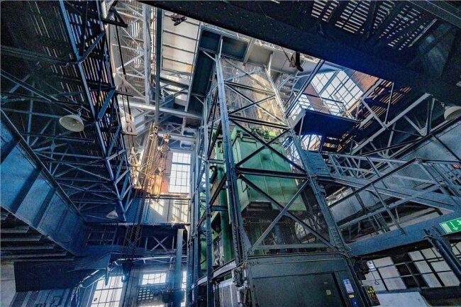 Da der Turmkopf nur über eine Treppe erreichbar sein wird, sucht man nach digitalen Lösungen.