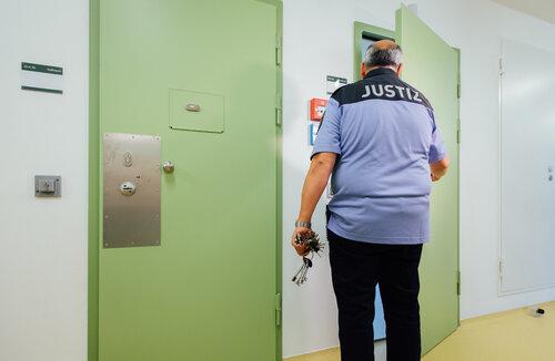 U-Haft wegen Warendiebstahls: Vogtländer betrog seine Firma um 68.000 Euro