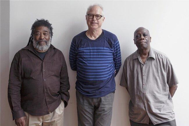 Jazz-Legenden: Wadada Leo Smith, Bill Frisell und Andrew Cyrille (von links).