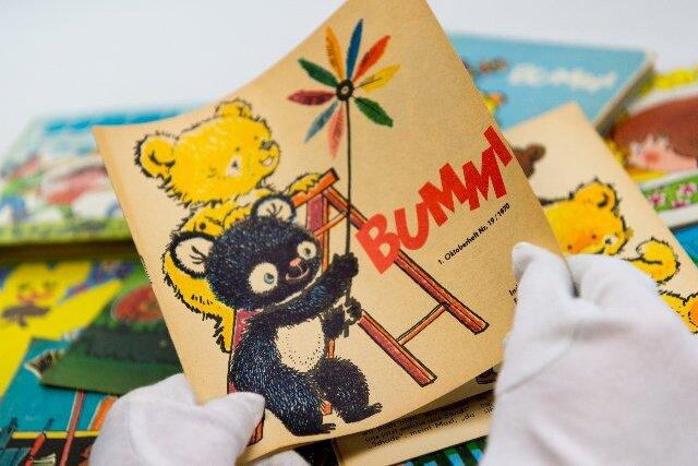 """Ein """"Bummi""""-Heft von 1970 - mit dem gelben Bären Bummi und Mischka."""