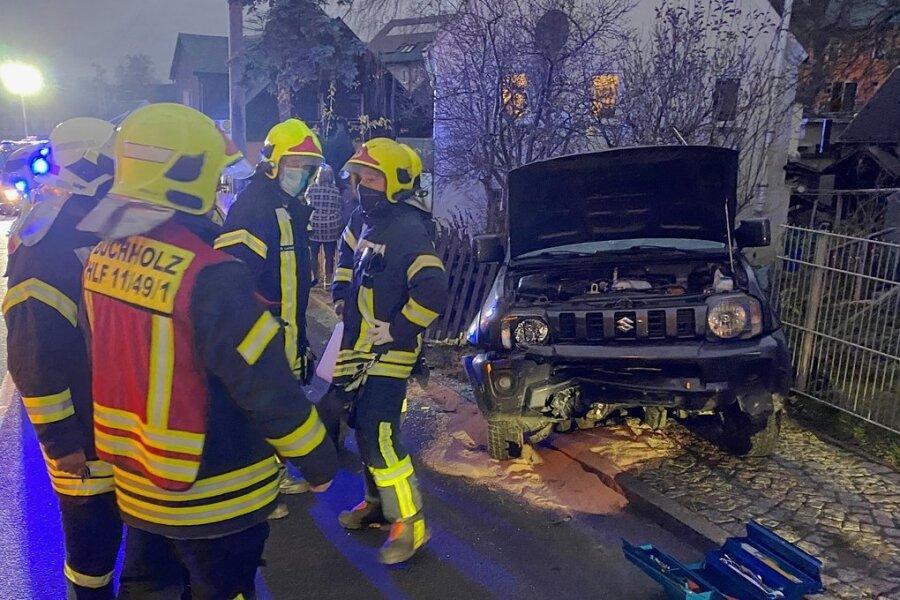 Der Unfall ereignete sich auf der August-Bebel-Straße in Cunersdorf, oberhalb des Gerätehauses der Feuerwehr.
