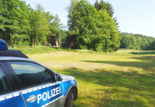 Unweit der Bushaltestelle Schweizerhaus wurde die Leiche eines Babys gefunden.
