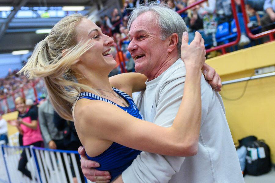 Kristin Gierisch stellte mit 14,59 Metern einen neuen deutschen Hallenrekord auf.