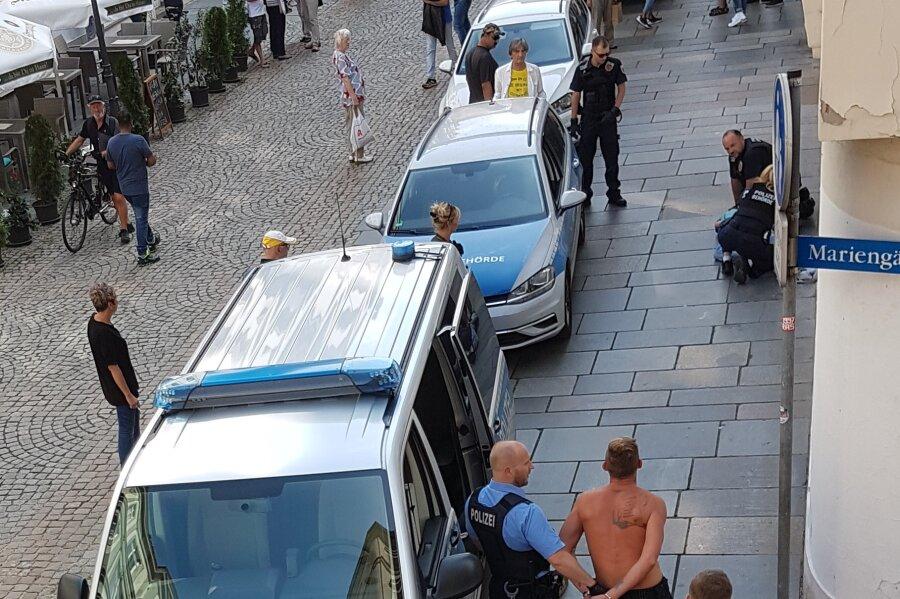 Polizeieinsatz in der Hauptstraße