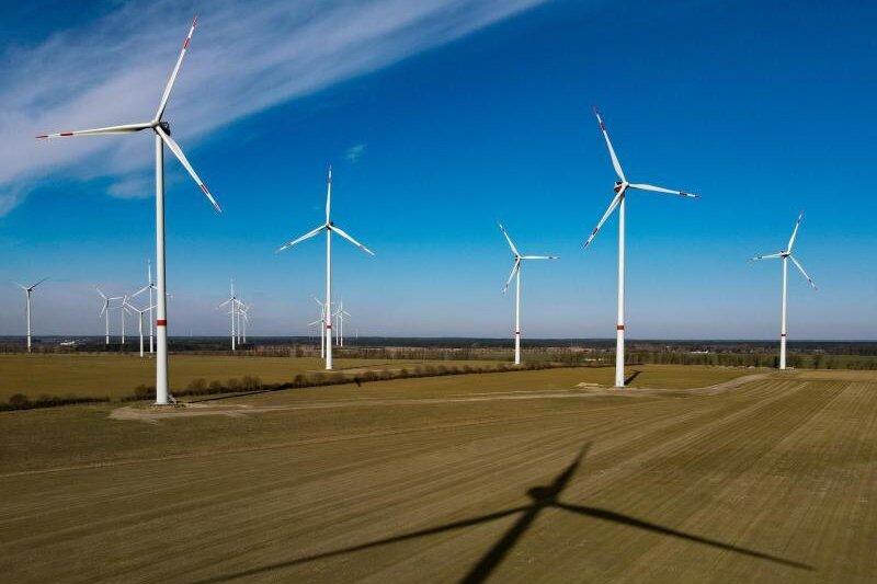 Insgesamt gibt es derzeit rund 30.000 Windräder in Deutschland.