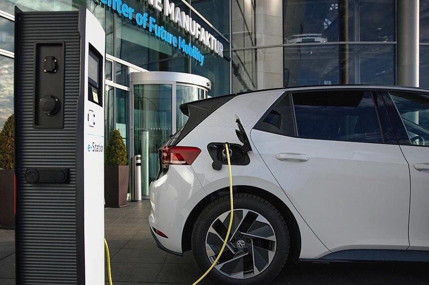 "Professor kritisiert Volkswagens Wandel zum ""CO2-Bekämpfungsapostel"""