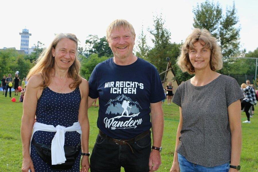 Ingrid und Gerd Kämpf sowie Silke Dämlow (von links) gehören zu den Gründern des Joel-Vereins vor 30 Jahren.