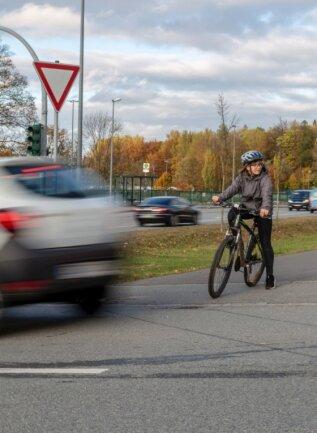 Der Alltagsradverkehr hat in Annaberg-Buchholz spürbar zugenommen. Dem soll mit einem neuen Verkehrskonzept Rechnung getragen werden. Die Umsetzung wird aber noch einige Zeit in Anspruch nehmen.