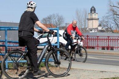 Fahrradwege gibt es in Plauen nicht viele. Nur in wenigen Bereichen ist es indes erlaubt, den Gehweg zu nutzen - etwa an der Gösselbrücke.