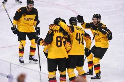 Im Viertelfinale: Das deutsche Eishockey-Team