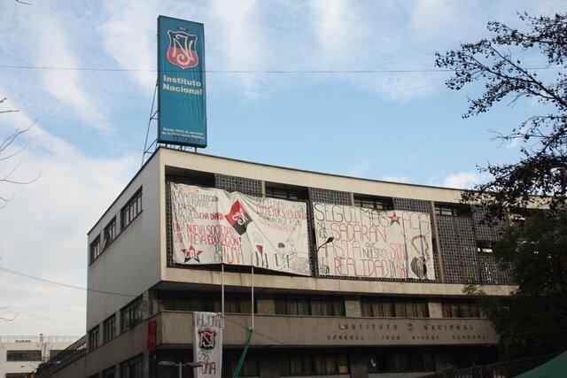 Seit 2010 gab es im renommierten Instituto Nacional in Santiago alljährlich Besetzungen durch Schüler. Die jüngste dauerte zwei Monate und endete Anfang August.
