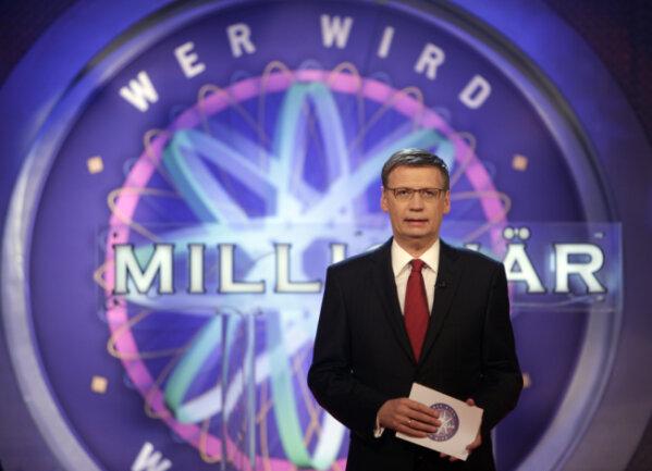 Günther Jauch im Fernsehstudio.