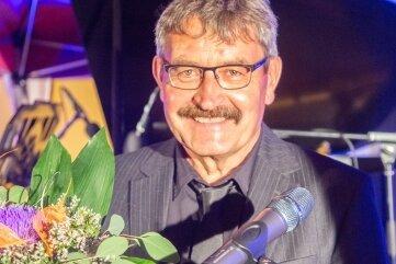 Wolfgang Lohse rezitierte in Augustusburg Gedichte unter freiem Himmel.