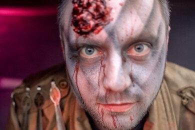Gänsehaut, Schreckensschreie und gruselige Kostüme: Darauf ist die Zone 22, Ostdeutschlands größte Halloween-Attraktion im Freizeitpark Plohn, spezialisiert.