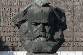 Vor dem Marx-Monument wollten rechte Gruppen eine Demonstration veranstalten.