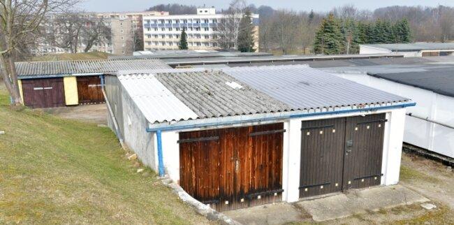 Garagenkomplex an der Zuger Straße in Brand-Erbisdorf.