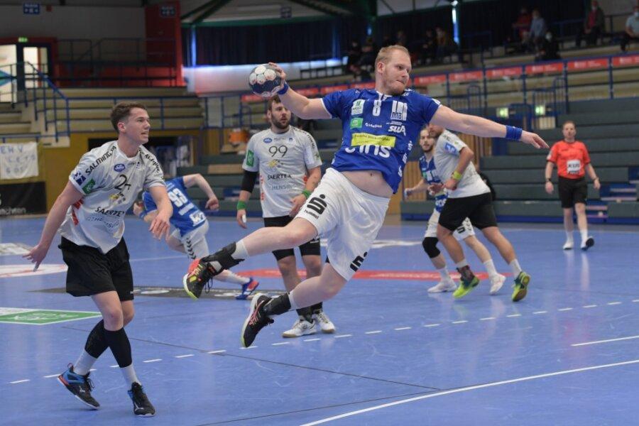 Der EHV Aue hatte den TV Emsdetten zu Gast. Am Ball: Bengt Bornhorn