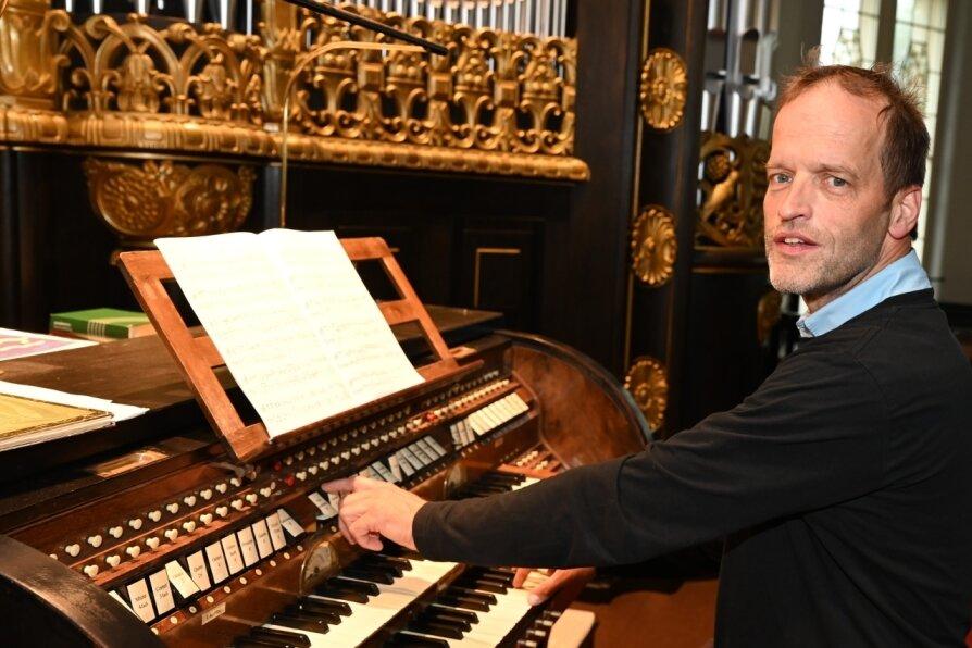 Wie ein Staffellauf - Orgeltour durch die Kirchen der Stadt