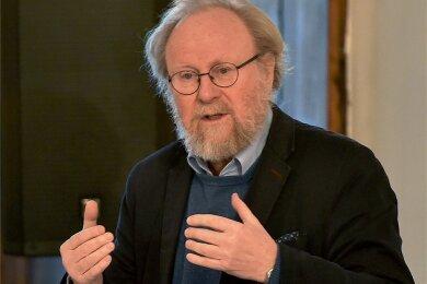 Der frühere Bundestagspräsident Wolfgang Thierse streitet sich mit der SPD-Spitze - und fragt sich öffentlich, ob er in der Partei noch erwünscht ist.