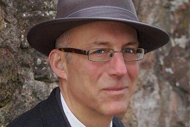 """Mit """"Der große Sommer"""" hat Ewald Arenz zum zweiten Mal hintereinander einen Bestseller-Roman geschrieben."""