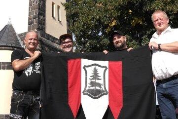 Die Flagge signalisiert, wann der Turm geöffnet ist.
