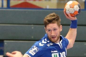 Wie zuletzt Kreisläufer Bengt Bornhorn und Abwehrstratege Petr Slachta hat nun auch Arnar Birkir Halfdansson - hier im Spiel gegen Hamm-Westfalen - den Vertrag beim EHV Aue verlängert.