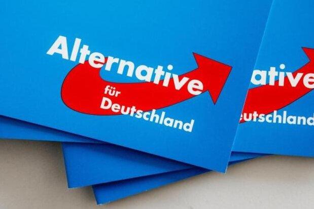 AfD: Deutschnationale treffen sich mit Urban, Höcke und Kalbitz