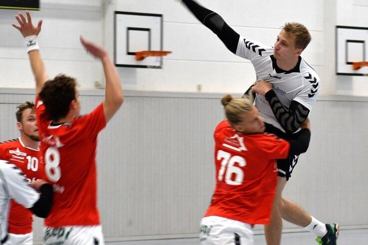 Lucas Schmieder (r.) gehörte zusammen mit Kay Schröder zu den treffsichersten Mittweidaern. Beide erzielten jeweils 10 Tore.