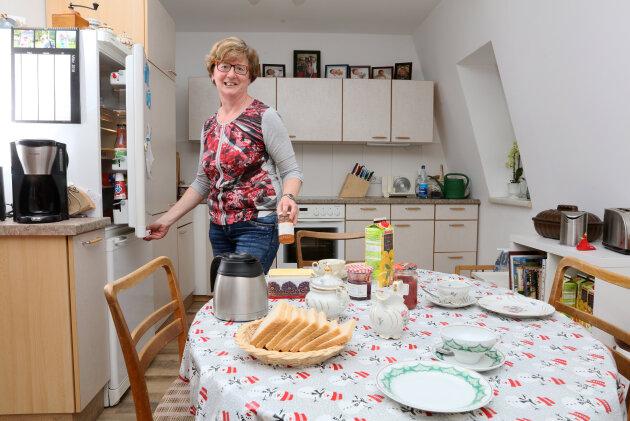 Hausfrau im Land der arbeitenden Frauen