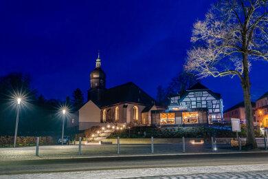 """10.000 Euro bekommt Rodewisch beim Wettstreit """"Ab in die Mitte! Die City-Offensive Sachsen 2020"""" für kreative Ideen, um Einzelhändler vor Ort zu unterstützen und so das Ortszentrum zu beleben."""