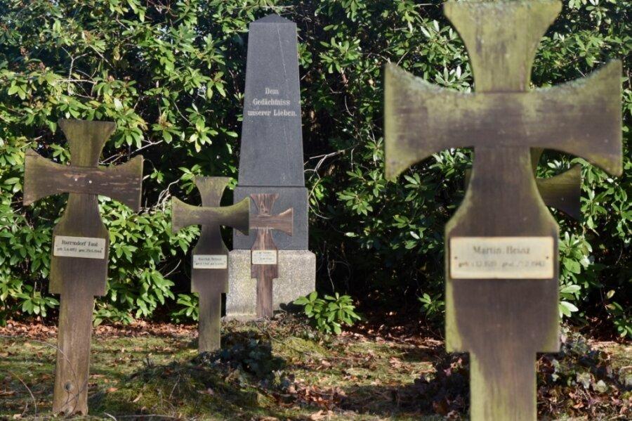 Viele Kriegsgräber Limbach-Oberfrohna sind seit vielen Jahren nicht mehr entsprechend gepflegt worden. Das soll sich durch ein Vorhaben in diesem Jahr ändern.