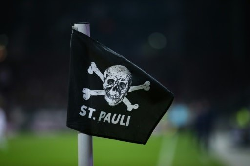 Der FC St. Pauli hat Torwart Korbinian Müller geholt