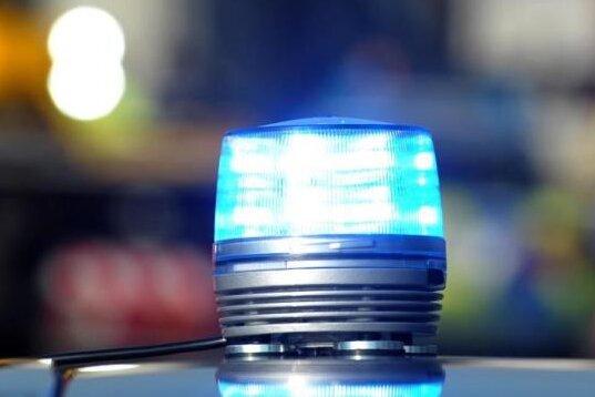Chemnitz: 16-Jähriger niedergeschlagen und ausgeraubt