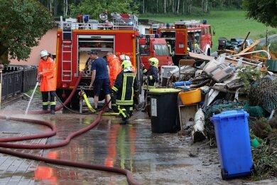 Auch die Feuerwehreinsätze bei den Unwettern im Juni kosten die Stadt Geld.