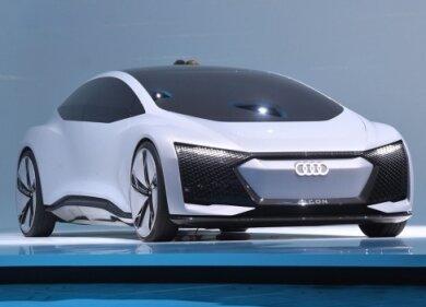 Rollendes Wohnzimmer: Der Audi Aicon liefert Ausblicke auf das autonome Fahren.