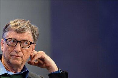 Beobachtet das Weltgeschehen aufmerksam, zieht seine Schlüsse und will die Welt zum Besseren antreiben: Unternehmer Bill Gates. Das bringt ihm allerdings nicht nur Applaus ein.