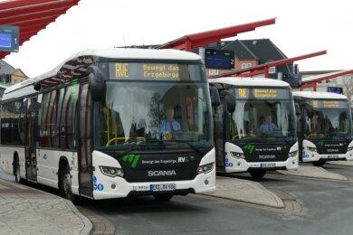 So sehen Hybridbusse aus: Die Regionalverkehr Erzgebirge GmbH erweitert diese umweltfreundliche Flotte um fünf weitere Fahrzeuge.