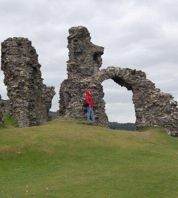 Hier soll der Heilige Gral liegen: die Ruine von Dinas Bran.
