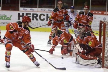 Die Eispiraten bei einem Spiel gegen die Ravensburg Towerstars im März.