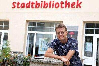 Die Stadtbibliothek Lichtenstein führt seit kurzem das neue Werk des in der Stadt beheimateten Autors.