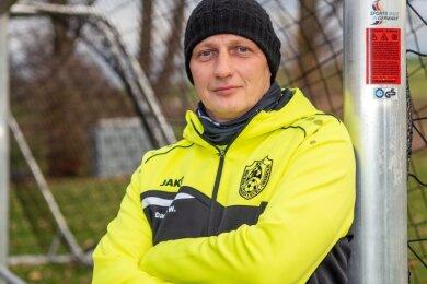 Daniel Wagner trainiert seit Sommer die Kreisliga-Kicker des 1. BSV Langenleuba-Oberhain und steht mit ihnen an der Spitze.