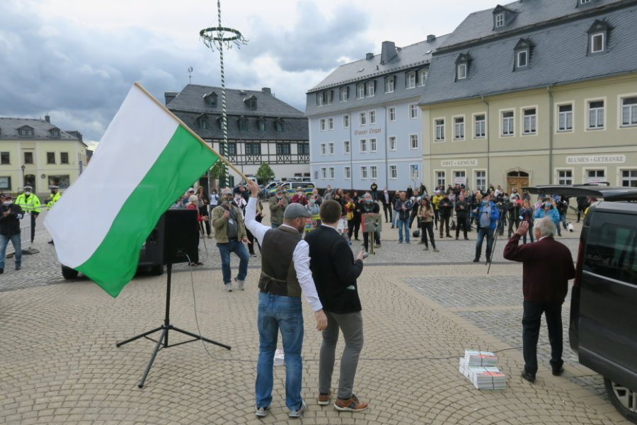 Ticker: Demonstration begleitet Kretschmer-Besuch in Zwönitz