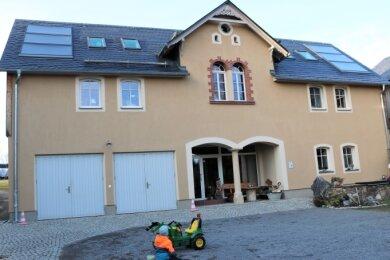 Im Oederaner Ortsteil Kirchbach hat man in den vergangenen Jahren auf die Sanierung historischer bäuerlicher Bausubstanz und deren Umnutzung zu Wohnzwecken gesetzt.