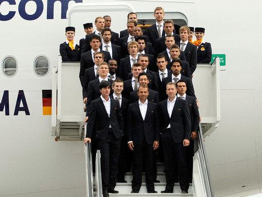 Die Nationalmannschaft macht sich auf den Weg nach Südafrika