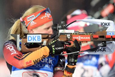 Deutsche Biathletinnen gewinnen bei WM Gold mit der Staffel