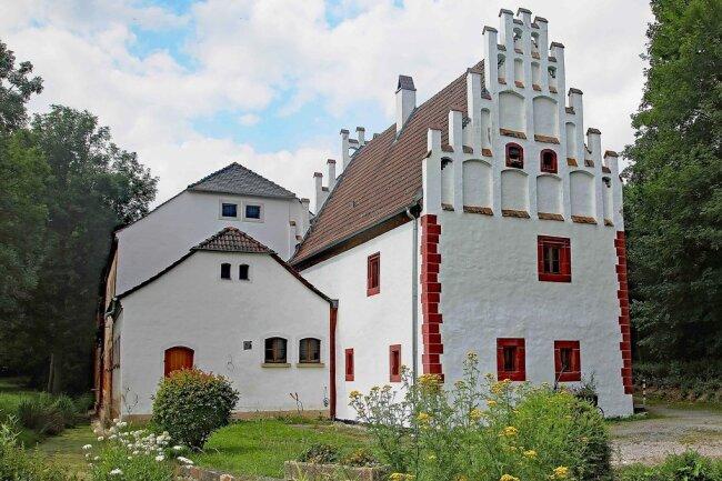 Im ehemaligen Kloster im Stadtteil Frankenhausen wird die abflusslose Grube in eine vollbiologische Kleinkläranlage umgerüstet.